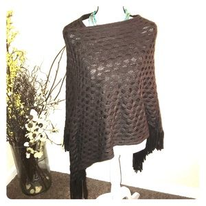 🙈4 for $40💥💥 2 chic soft brown shawl